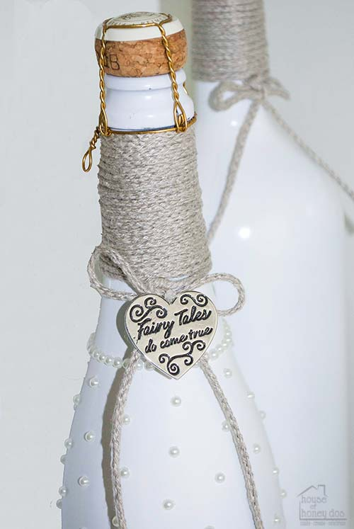 weeding champaign bottle