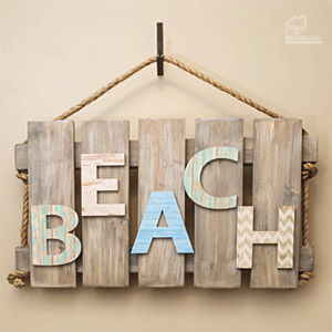 wood pallet wall art with beach theme