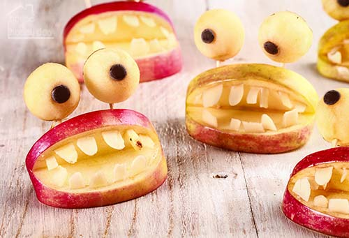 Halloween apple snacks